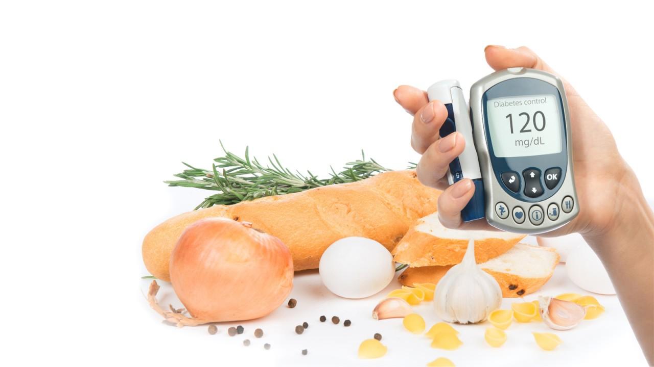 Симптомы сахарного диабета, жажда, лечение сахарного диабета, инсулин, таблетки от диабета, как узнать что у тебя диабет, можно ли при сахарном диабете, сахарный диабет у женщин развивается при ожирении, в менопаузе, как измерить сахар крови