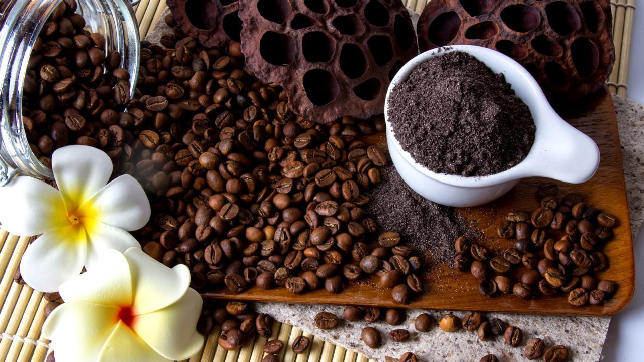 От целлюлита кофейный скраб, убрать растяжки скраб, как убрать целлюлит